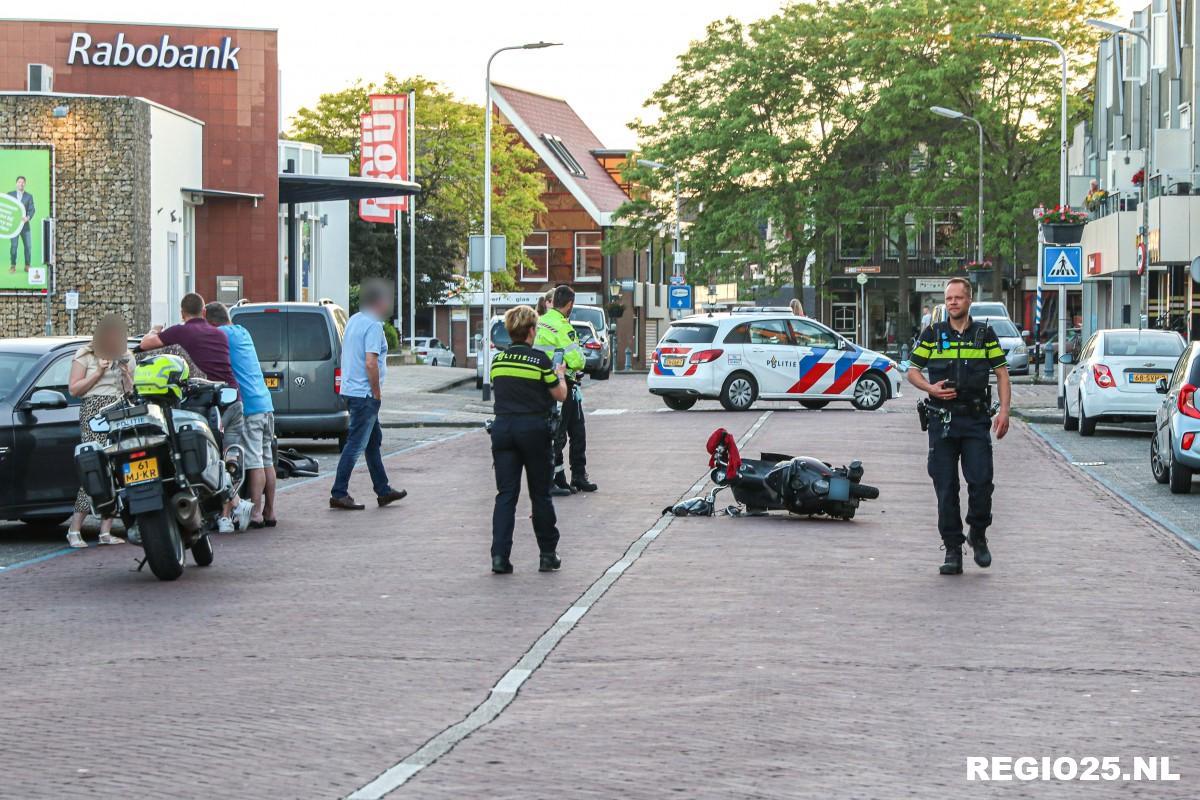 Nieuws: Scooterrijder gewond bij aanrijding Klifweg |. | #Urk